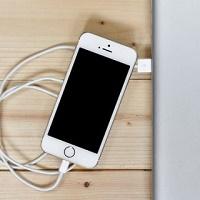 Cara Memperbaiki Baterai Ponsel yang Tidak Bisa Dicas